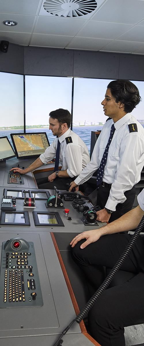 Cadets in the new maritime simulation centre